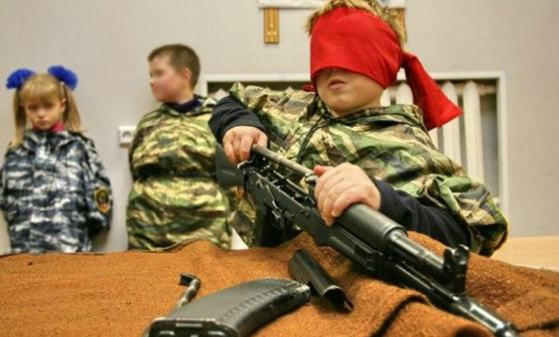 Семилетних мальчиков призывают в армию в Уссурийске