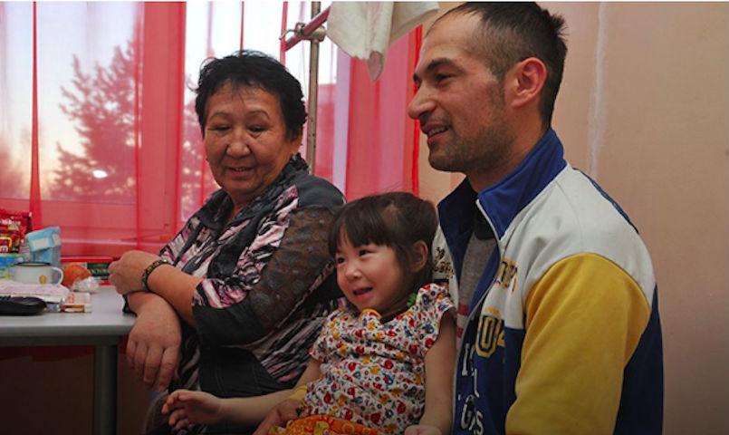 Счастливицу, выжившую в авиакатастрофе в Хабаровском крае, выписали домой