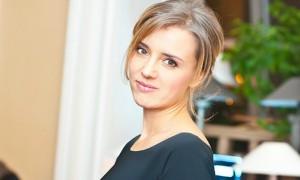 Актриса Ксения Алферова возмутилась видом продавцов в известном магазине косметики