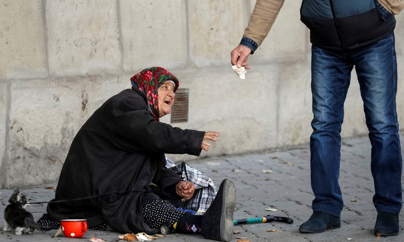 Названо количество живущих за чертой бедности россиян