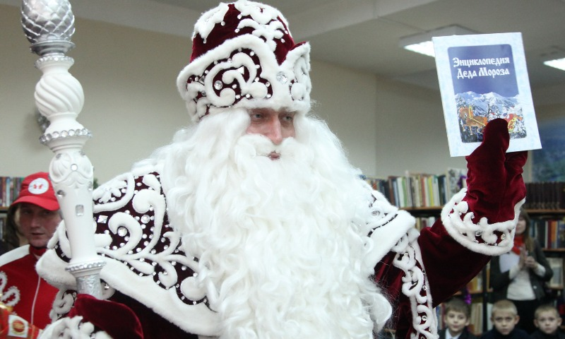 Дед Мороз отказался от пенсии и решил не баллотироваться в президенты