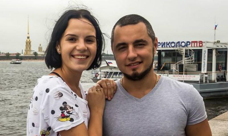 Россиянка, которой муж отрубил руки, решилась на эротическую фотосессию без протеза