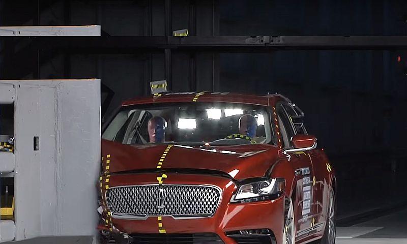 Стали известны самые безопасные автомобили 2018 года