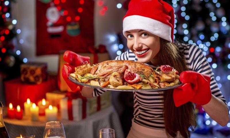 Названы самые опасные для здоровья блюда новогоднего стола