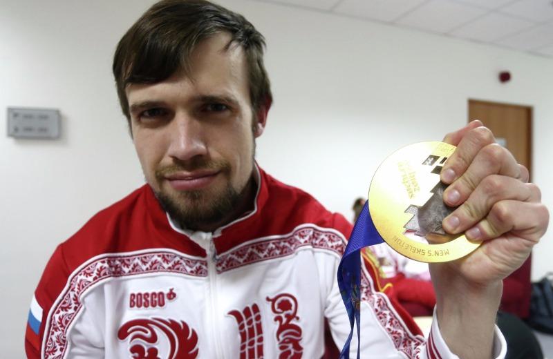Олимпийский чемпион Сочи-2014 по скелетону Александр Третьяков.
