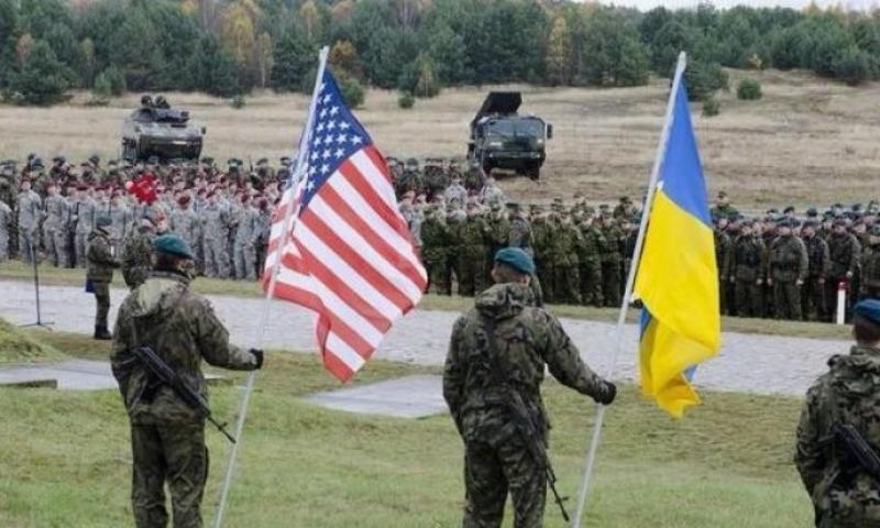 Американский военный инструктор скончался в одном из магазинов Львова