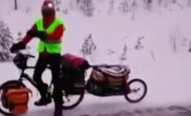Устроивший веломарафон по Якутии француз так замерз, что мечтает об унтах