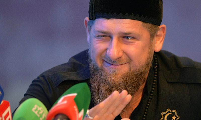 Кадыров связал блокировку собственных социальных сетей скритикой действий США висламском мире