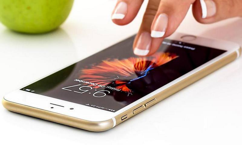 Apple будет менять батареи iPhone сдвойной скидкой в текущем 2018г году
