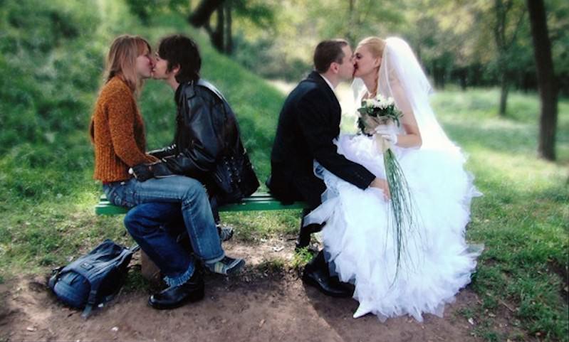 В России решили приравнять гражданский брак к официальному
