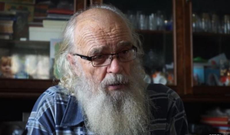 80-летний доктор в одиночку лечит жителей уральской глубинки