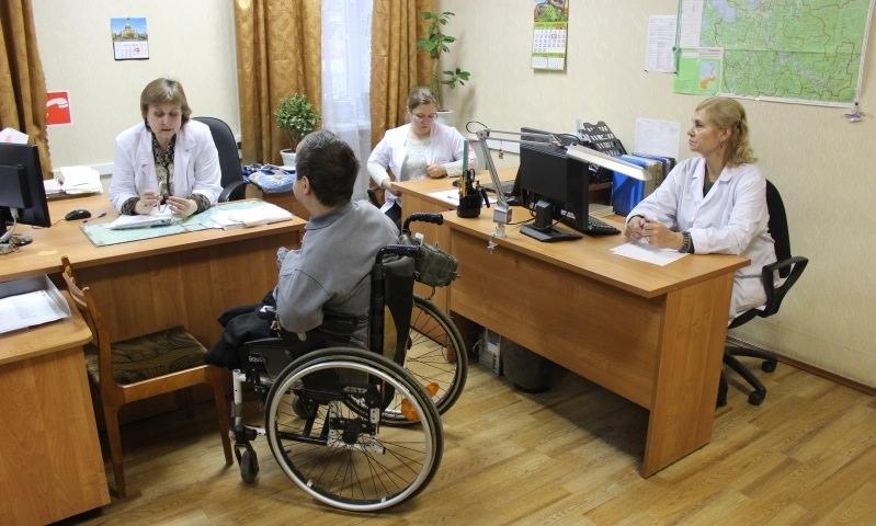 Минтруд решил пожалеть инвалидов по поручению Путина