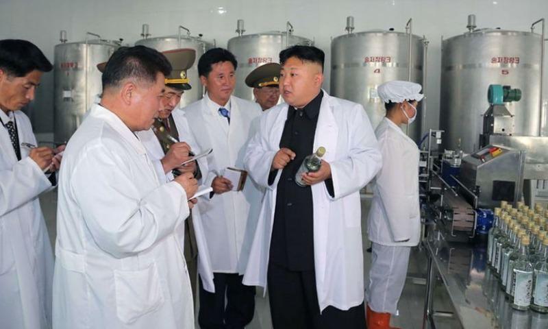Жителям КНДР рекомендовали не мешать водку с пивом