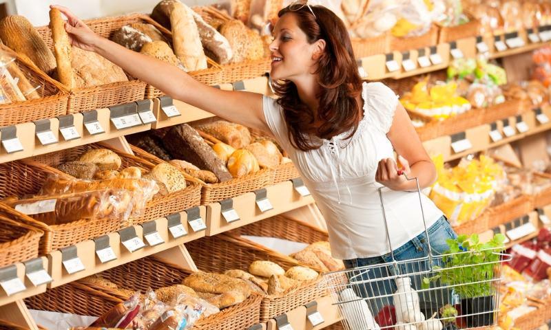 В российской потребительской корзине увеличат количество мяса и рыбы
