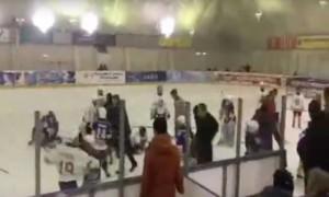 Во Владикавказе юные хоккеисты устроили массовую потасовку