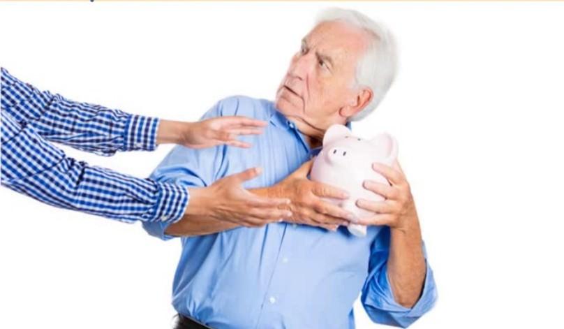 Бизнесмены предложили государству доверить им пенсии россиян