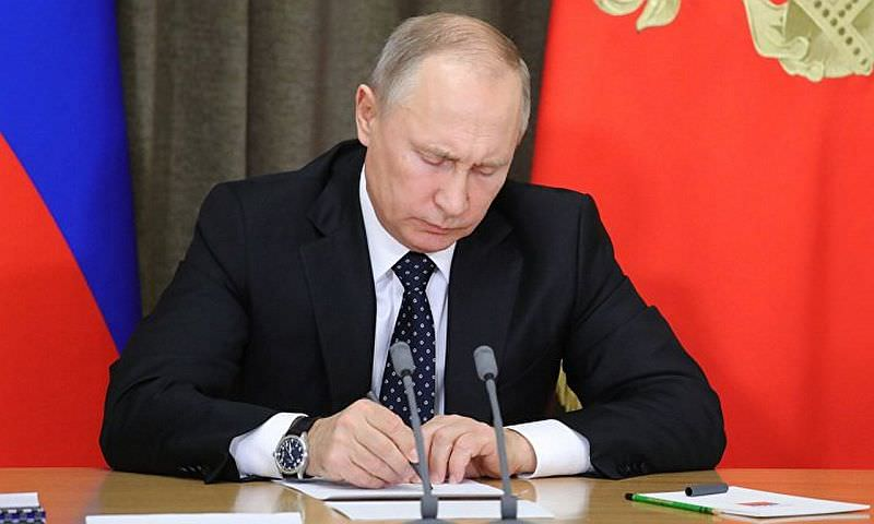 Путин вернул авиасообщение со столицей Египта