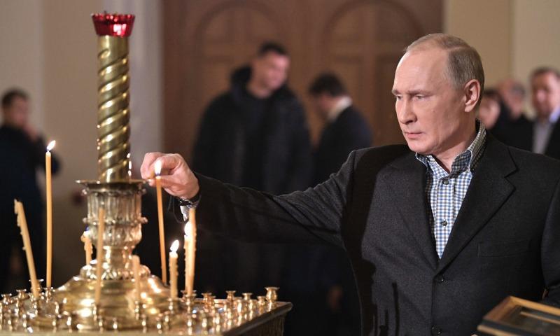 Путин поздравил православных христиан и всех россиян, кто празднует Рождество