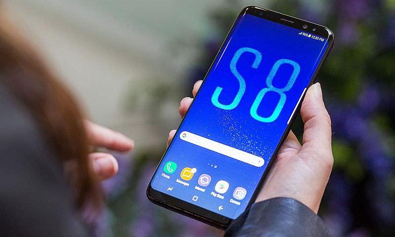 В Беларуссии стартуют продажи телефона Самсунг Galaxy A8