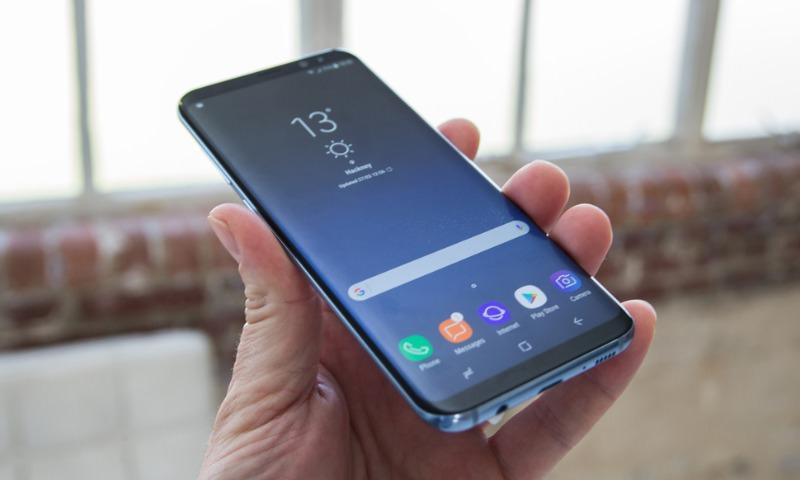 Появилось первое видео нового флагмана Samsung - Galaxy S9