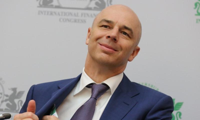 Силуанов заявил, что не позволит рублю резко укрепиться