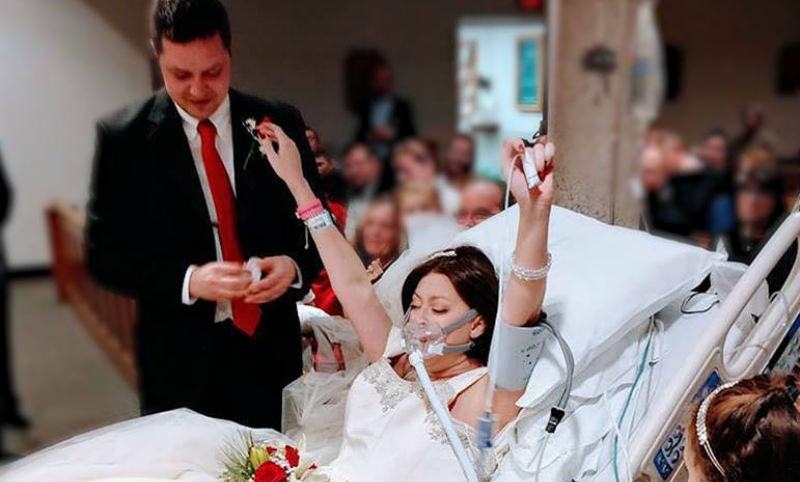 Американка успела выйти замуж за пару часов досмерти