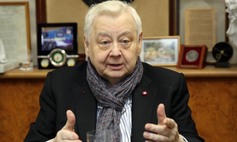 Олега Табакова вывели из искусственной комы