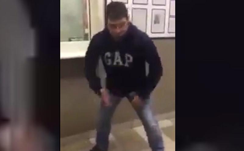 Мужчина протаранил в Уфе отдел полиции и устроил там танцы