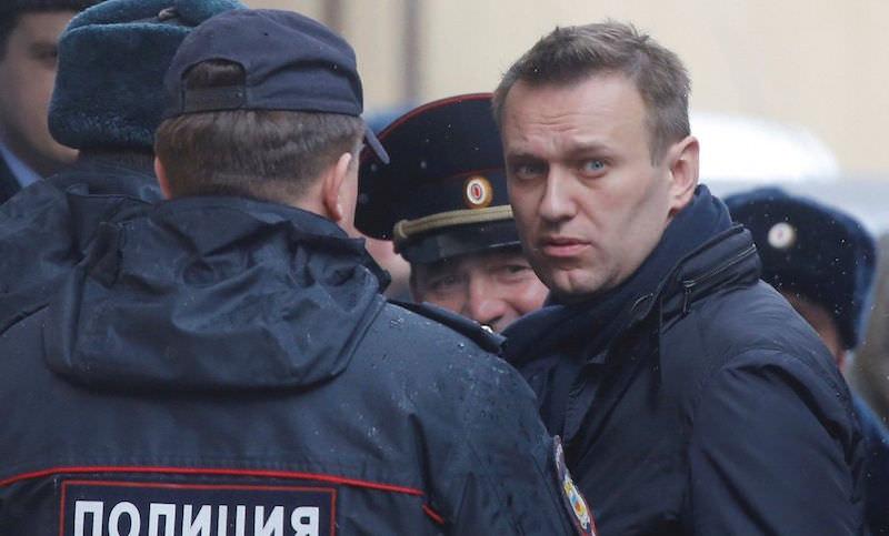 Полиция задержала Навального после зубного врача