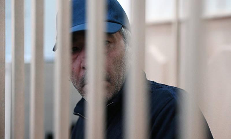 «Арестовывая коррупционеров, следовало бы не забывать о пособниках террористов», - эксперт