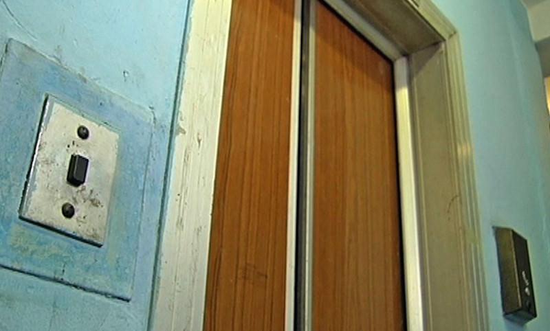 Проезд оплачиваем: лифт в жилом доме Казахстана работает за деньги