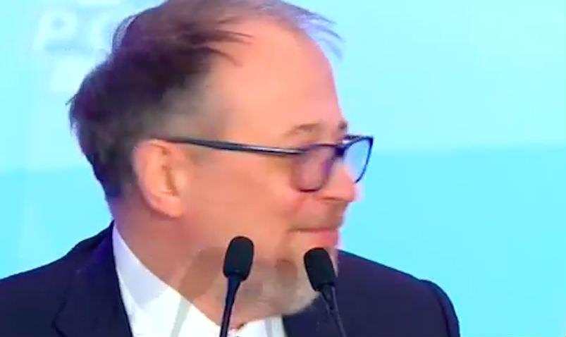 Миллиардер рассказал Путину анекдот про изнасилование тракториста