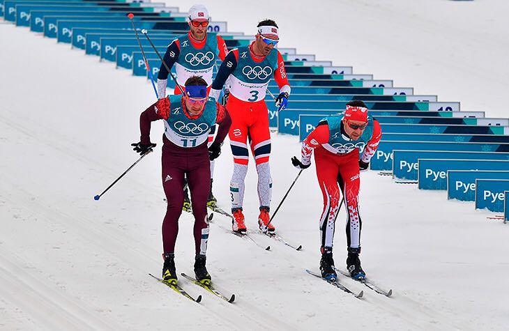 Российские лыжники завоевали серебро и бронзу в гонке на 50 километров