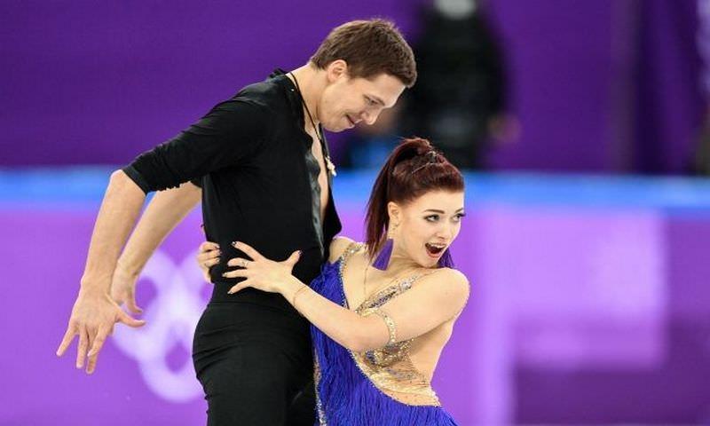 Россияне завоевали серебро на командных соревнованиях по фигурному катанию на ОИ