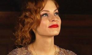 Беременная финалистка «Битвы Экстрасенсов» Мэрилин Керро показала животик