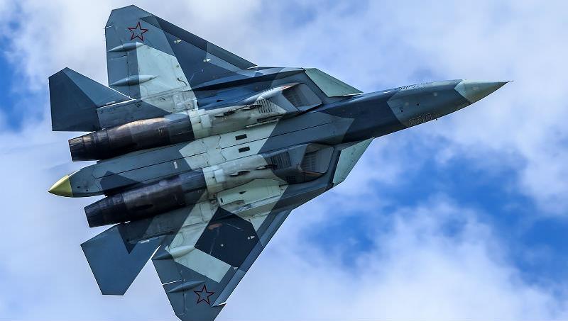Российские Су-57 отомстили американцам за удар по ЧВК «Вагнер» под Дейр-эз-Зором