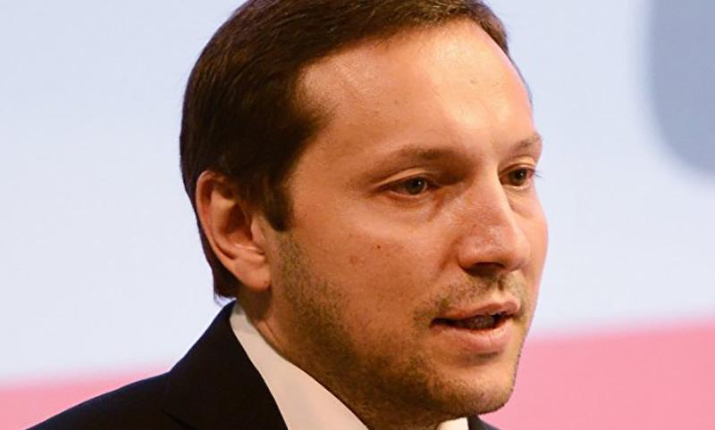 Украинский министр упал в обморок после угроз в адрес США