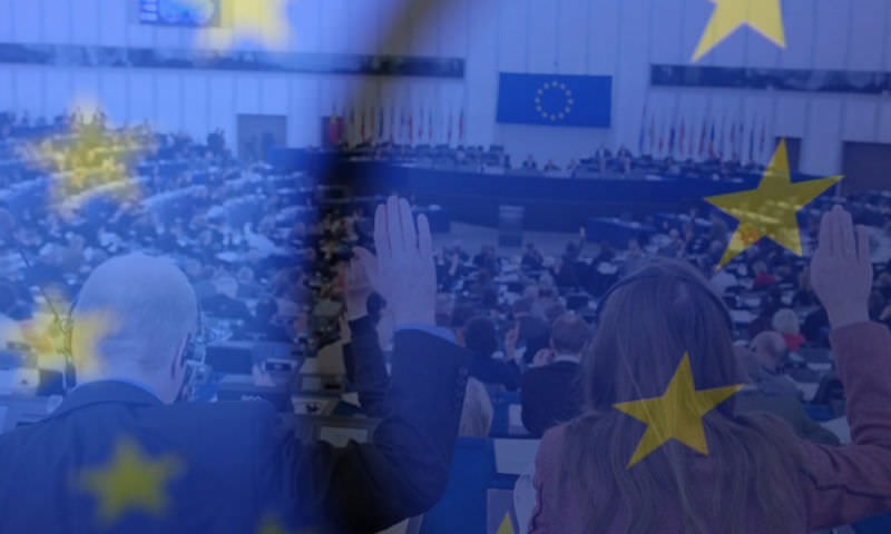 12 стран ЕС отказались высылать дипломатов России