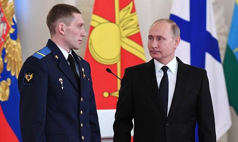 Путин рассказал о подвиге российского ефрейтора