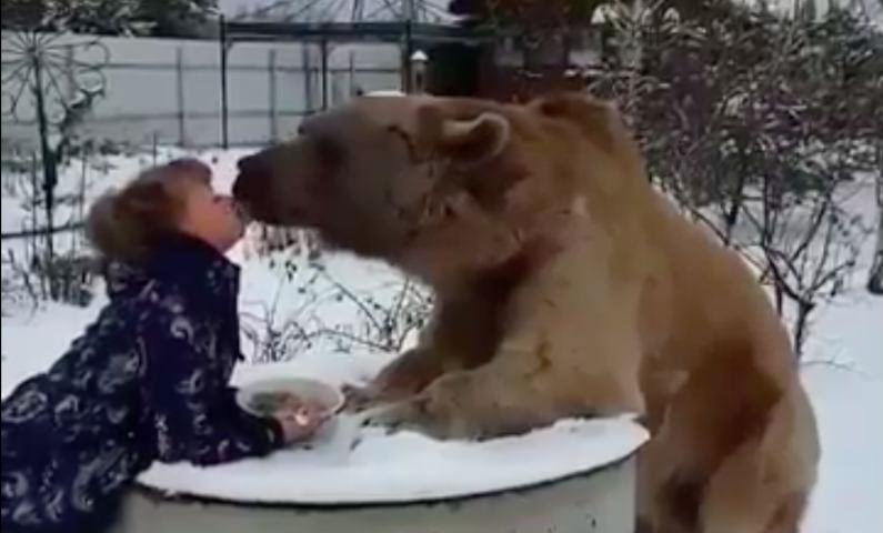 Самый русский поцелуй