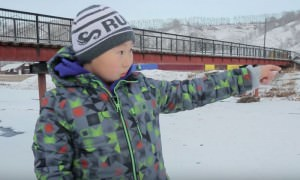 Третьеклассник спас провалившегося под лед друга на Алтае
