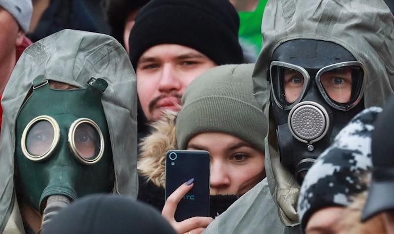 Вместо режима ЧС в Волоколамске раздали противогазы