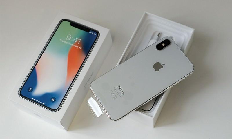 iPhone X снова подешевеет Apple недовольна низким спросом