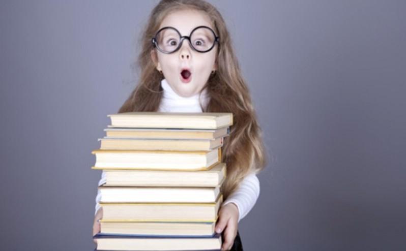 235 книг - это много: учителя выступили против Минобрнауки
