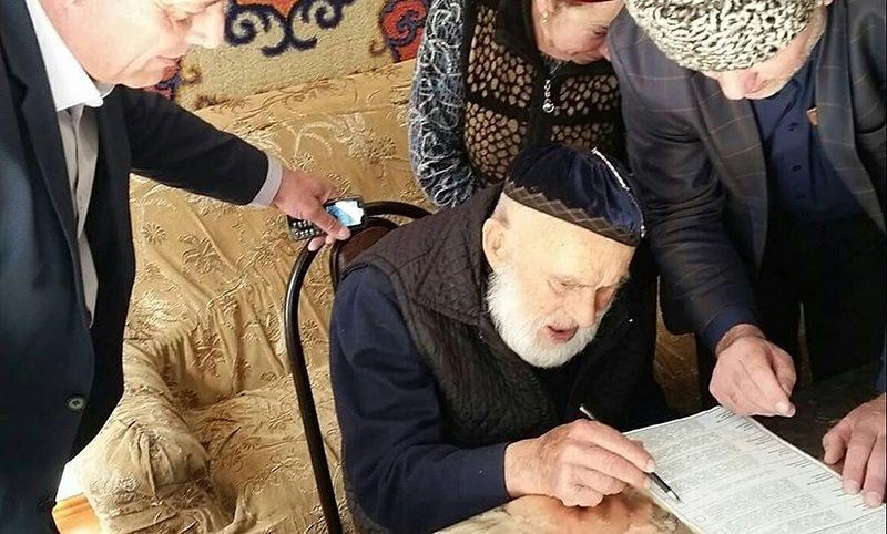 Россиянин, родившийся в 19 веке, проголосовал на выборах