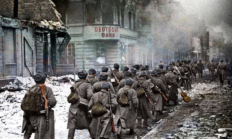Календарь: 16 апреля - Советские войска начали наступление на Берлин