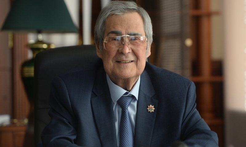 Спикер парламента Кузбасса ушел в отставку в пользу Тулеева