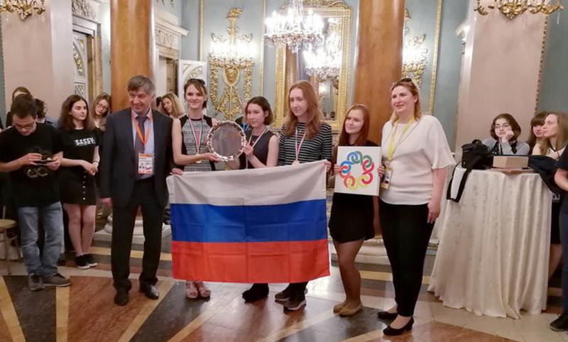 Российские школьницы одержали победу на Европейской математической олимпиаде