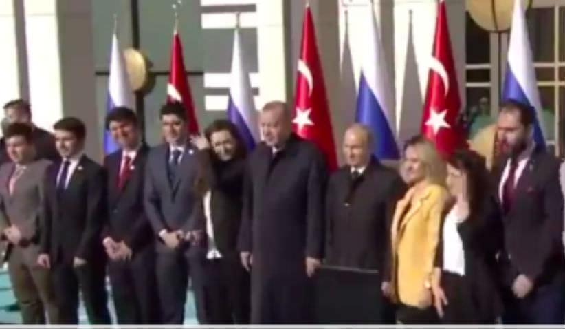 Почему у Путина три девушки, а у Эрдогана ни одной? - фотосъемка стала шуткой