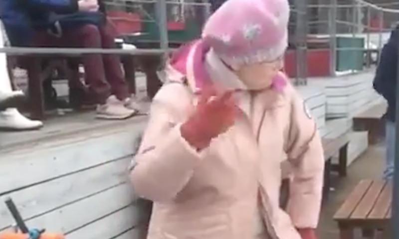 Даже бабушка танцует лучше, чем ты
